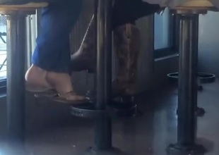 Foot Voyeur - Look over Flops @ Chipotle