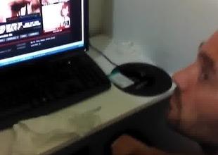 Str8 listen in daddy in cyber cafe